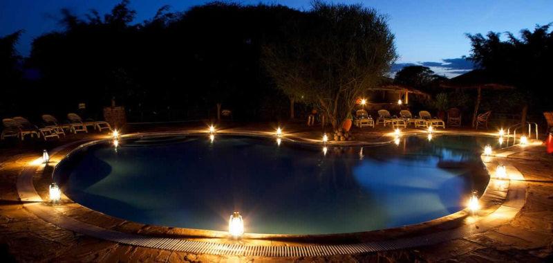 cena-bordo-piscina